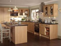 Ý tưởng sắp xếp tủ bếp gỗ cho nhà nhỏ gọn gàng khoa học