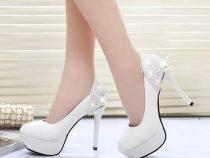 Mang giày cao gót để tạo sự khác biệt cho bản thân