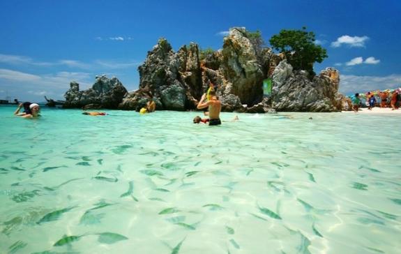 Mua vé máy bay đi Thái Lan tham quan Phuket