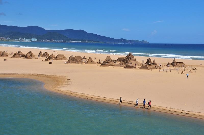 Bãi cát dài tuyệt đẹp